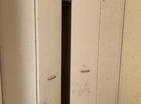 クローゼット扉
