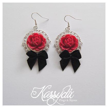 'Rose & Bow'