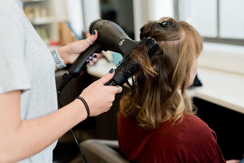 Salon fryzjerski - praca