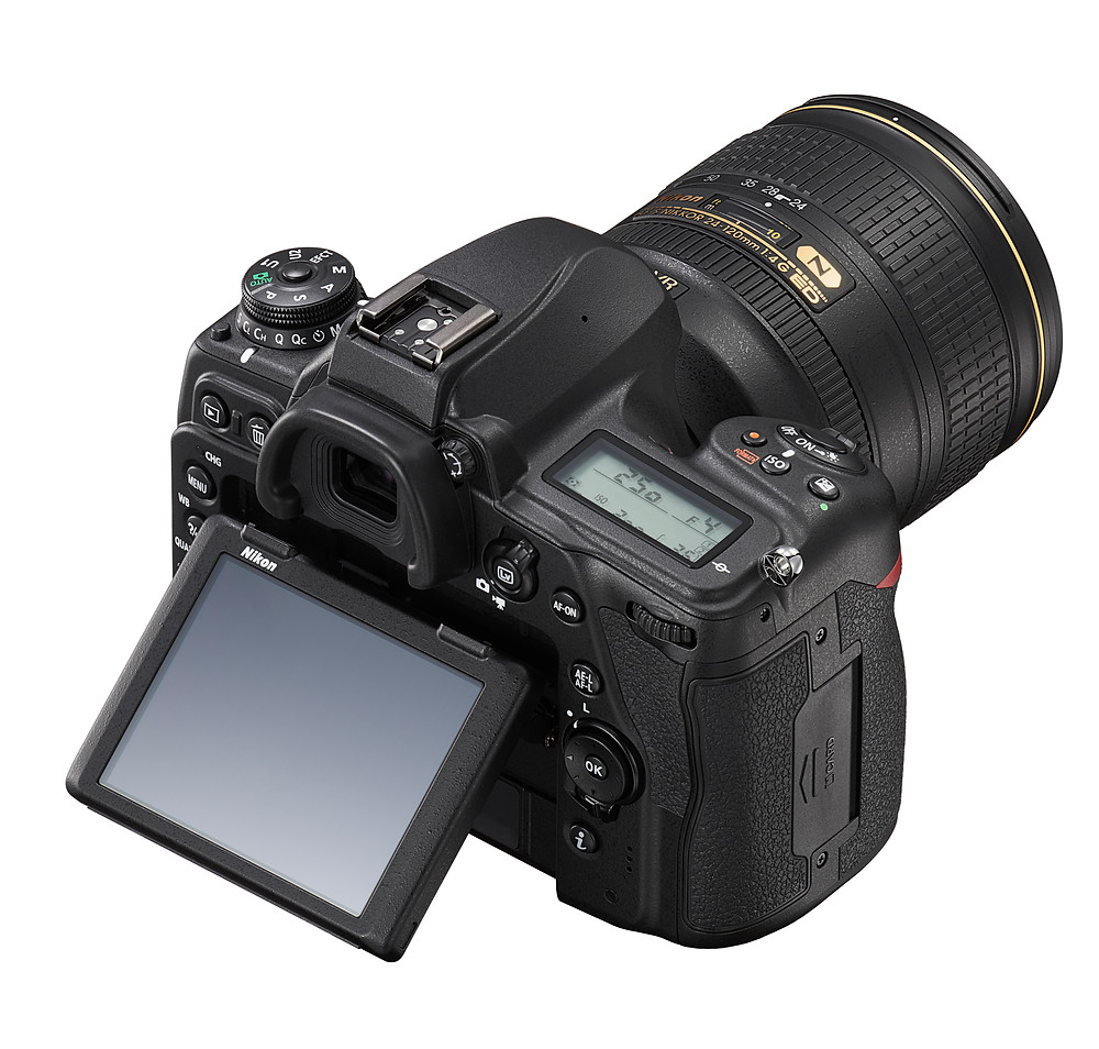 Nikon D780 with kit lens, touchscreen is flipped up