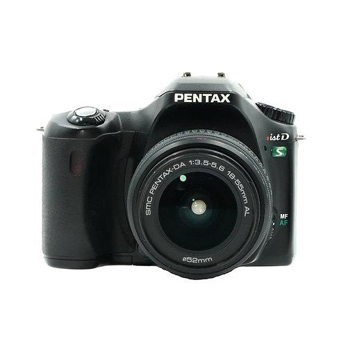 Pentax ist D S w/ 18-55mm (PDX)