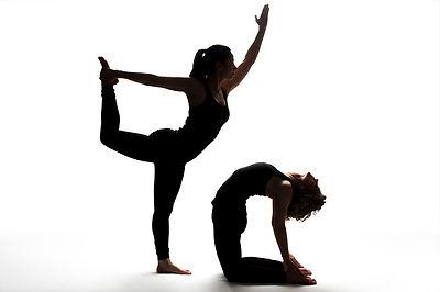Chicago Corporate Office Workplace Work Yoga Classes Therapeutic Vinyasa Hatha Workshop wrist health back neck pain breathing meditation