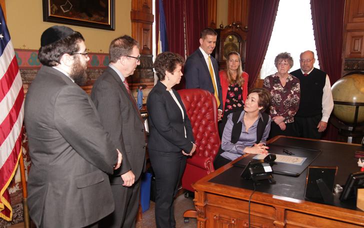 Governor Kim Reynolds thanks participants