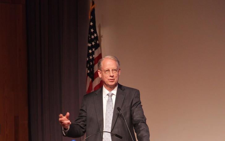 Dr. Paul Hintze