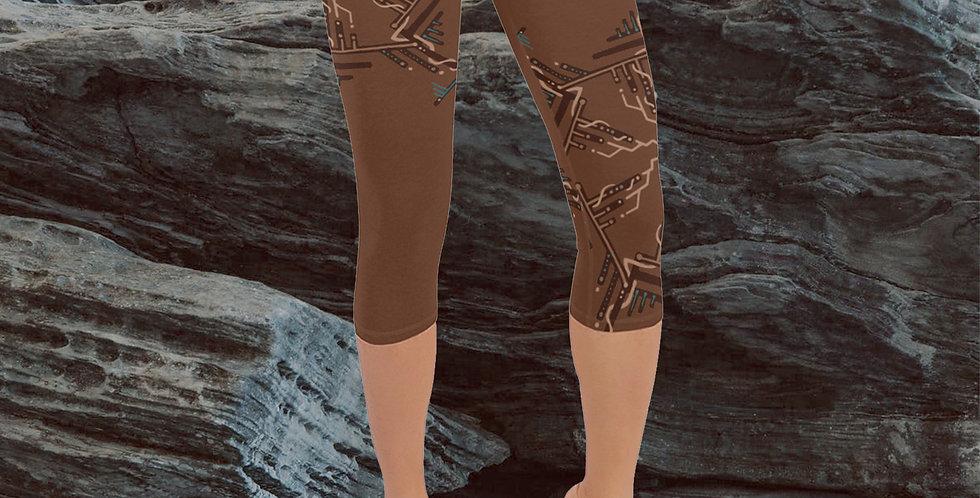 STORM SPIRAL  Capri Yoga Leggings
