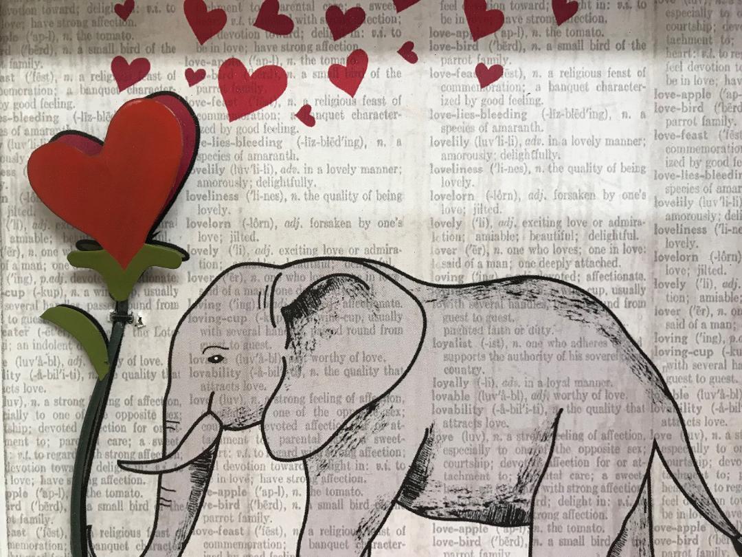 Love Elephant With Heart Frame Wall Art Decor