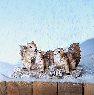 Tronco scoiattoli Natale 2020.jpg