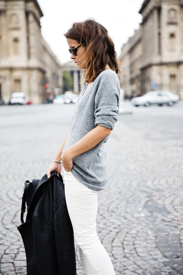 Eliane Porchet grey v-neck with white jeans