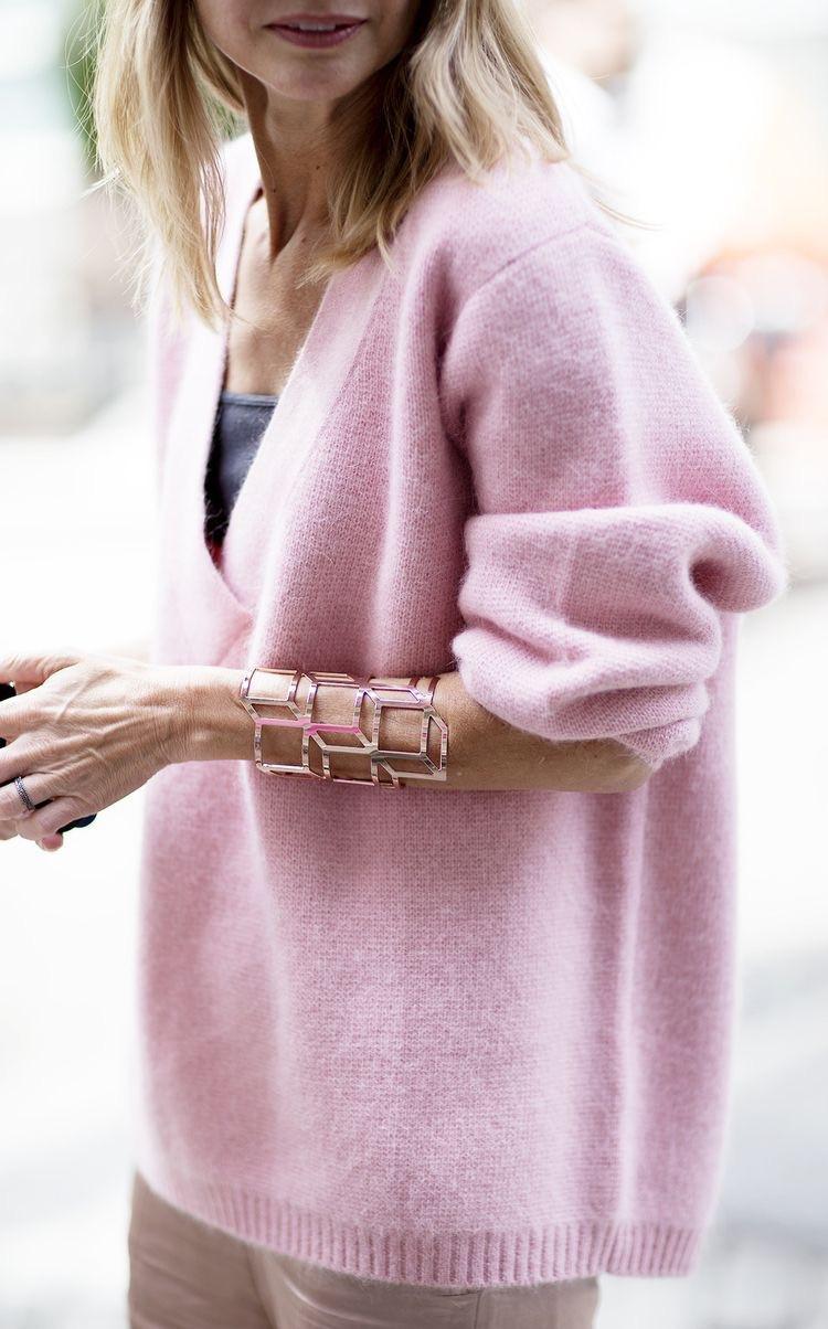 Eliane Porchet - pink cashmere jumper