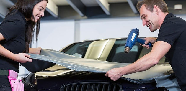How to Vinyl Wrap Your Car - 8 Steps Used By Professionals