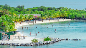How Tourism in Honduras and the Bay Islands Impacts the Economy
