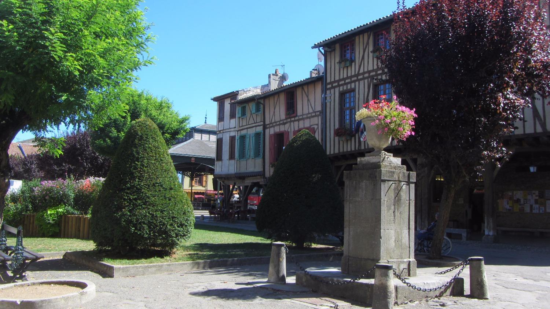 Gardens around the square