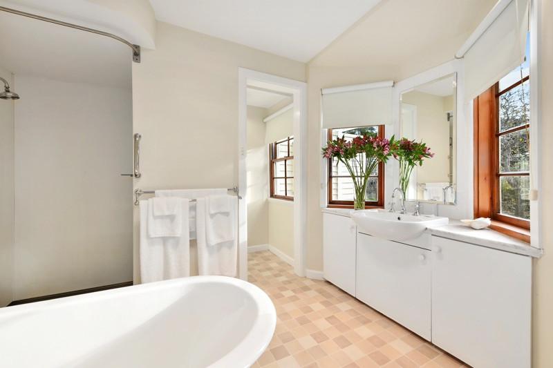 Adjoining Bathroom to master bedroom