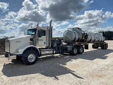 Pump truck.jpg