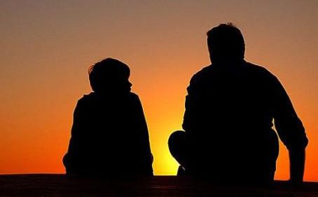 Aile içi iletişim: Ergenlerle iletişim kurabilmek ve anlaşabilmek