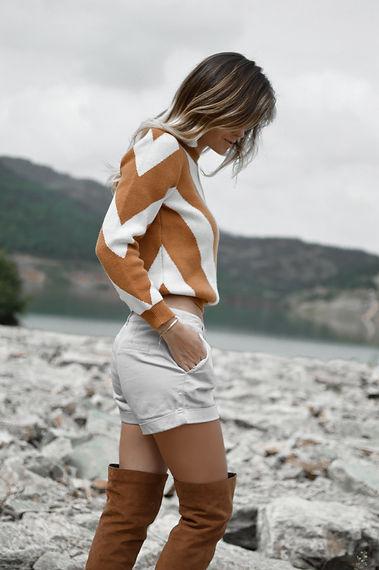 tamara-bellis-pONwcn4IcVU-unsplash.jpg