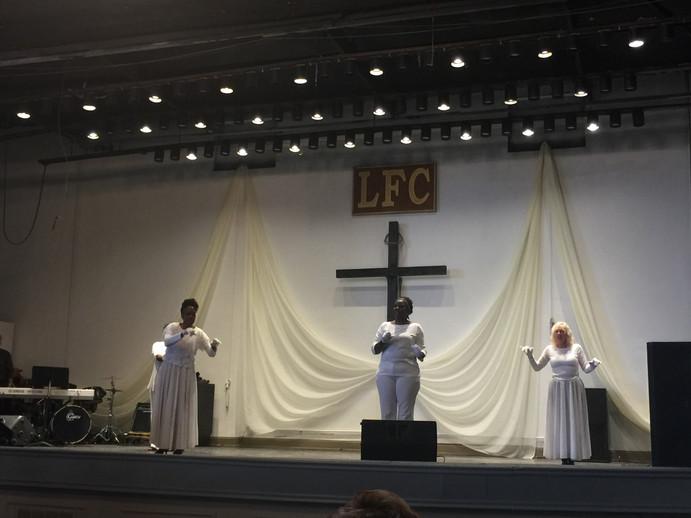 LFCFPraiseSigners.JPG