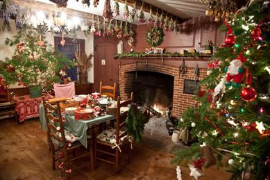 Special Holiday Gathering Spot at Hartman's B&B