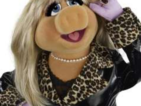 Pearls before Miss Piggy