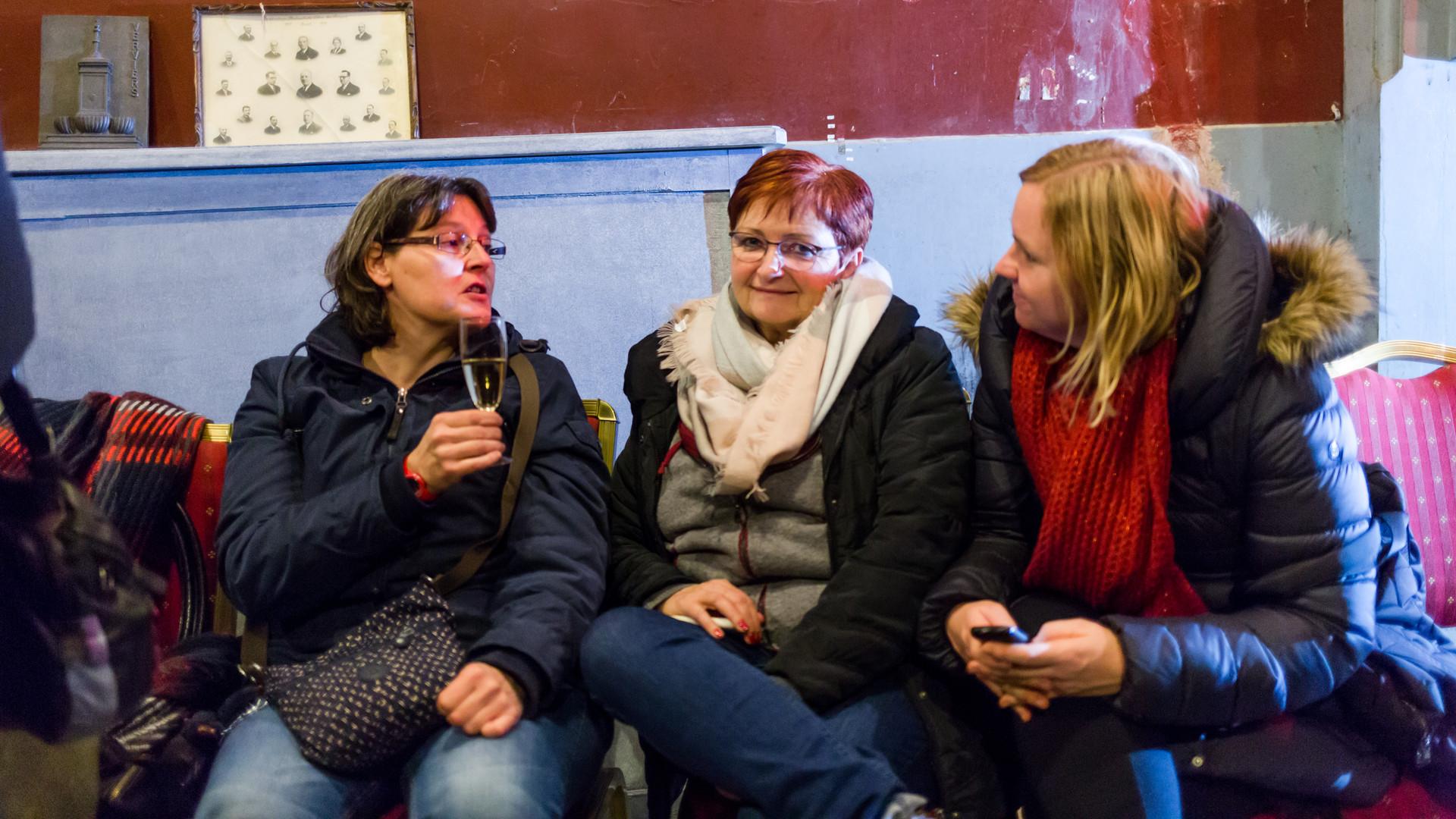 Isabelle Halleux, Monique Van Opstal et Estelle Kopyto