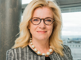 Interview with Annette Brüls, CEO of Medela discussing gender equity in the workplace