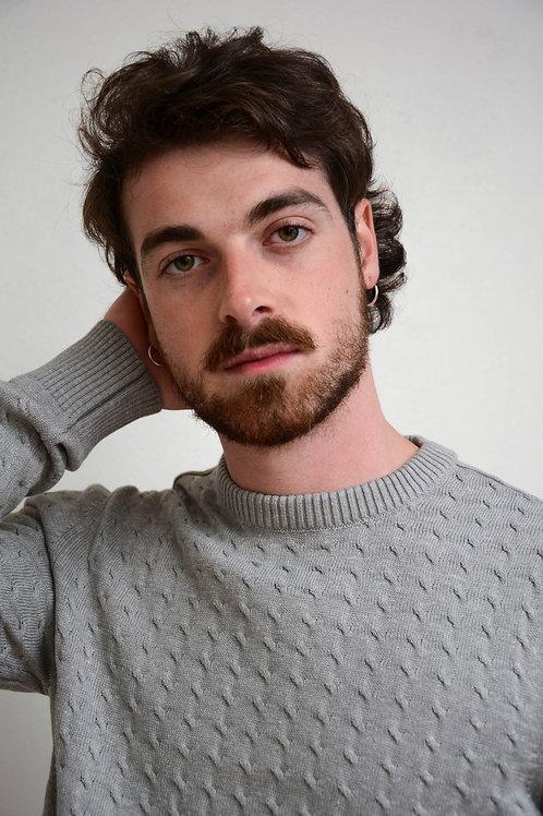 Suéter Trança Decote Redondo Cinza