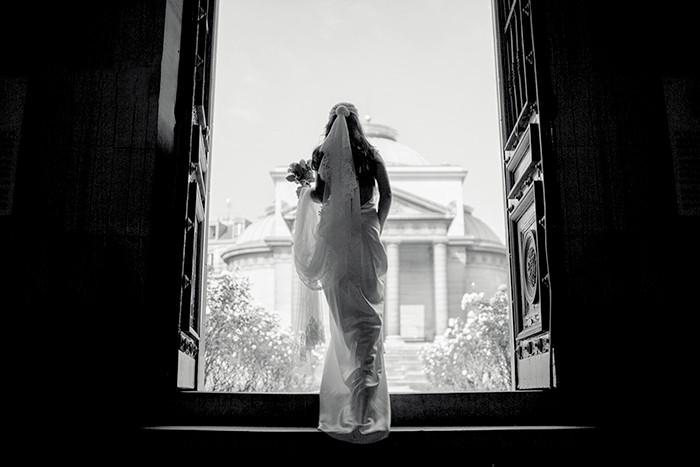 mariée sortant de l'église