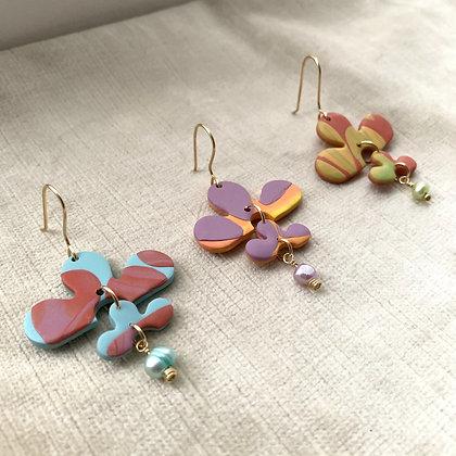 EVIE Earrings (single pearl)