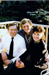 Eva and sibs, 10-1990.jpg