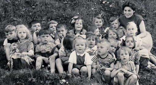 Eva's kindergarten class Austria.jpg