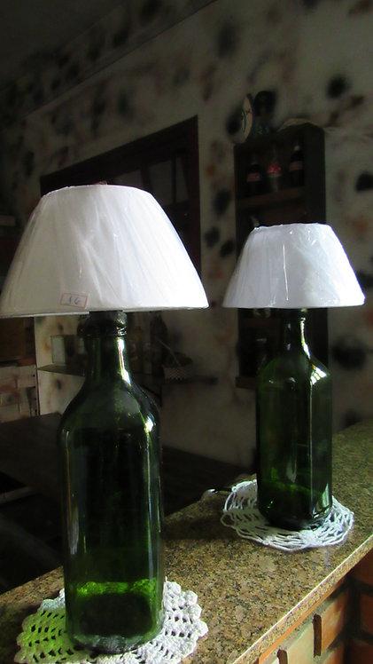 Abajures Garrafas de Vidro (PAR)