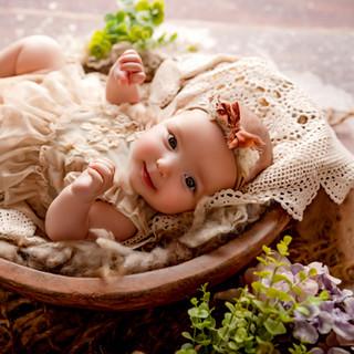 BABY ELEANORE 3 MONTHS OLD-19.jpg