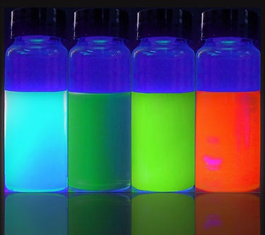 Photoluminescence of 4nDOTS™. The material emits different color of light by tuning the composition and/or dot-size.