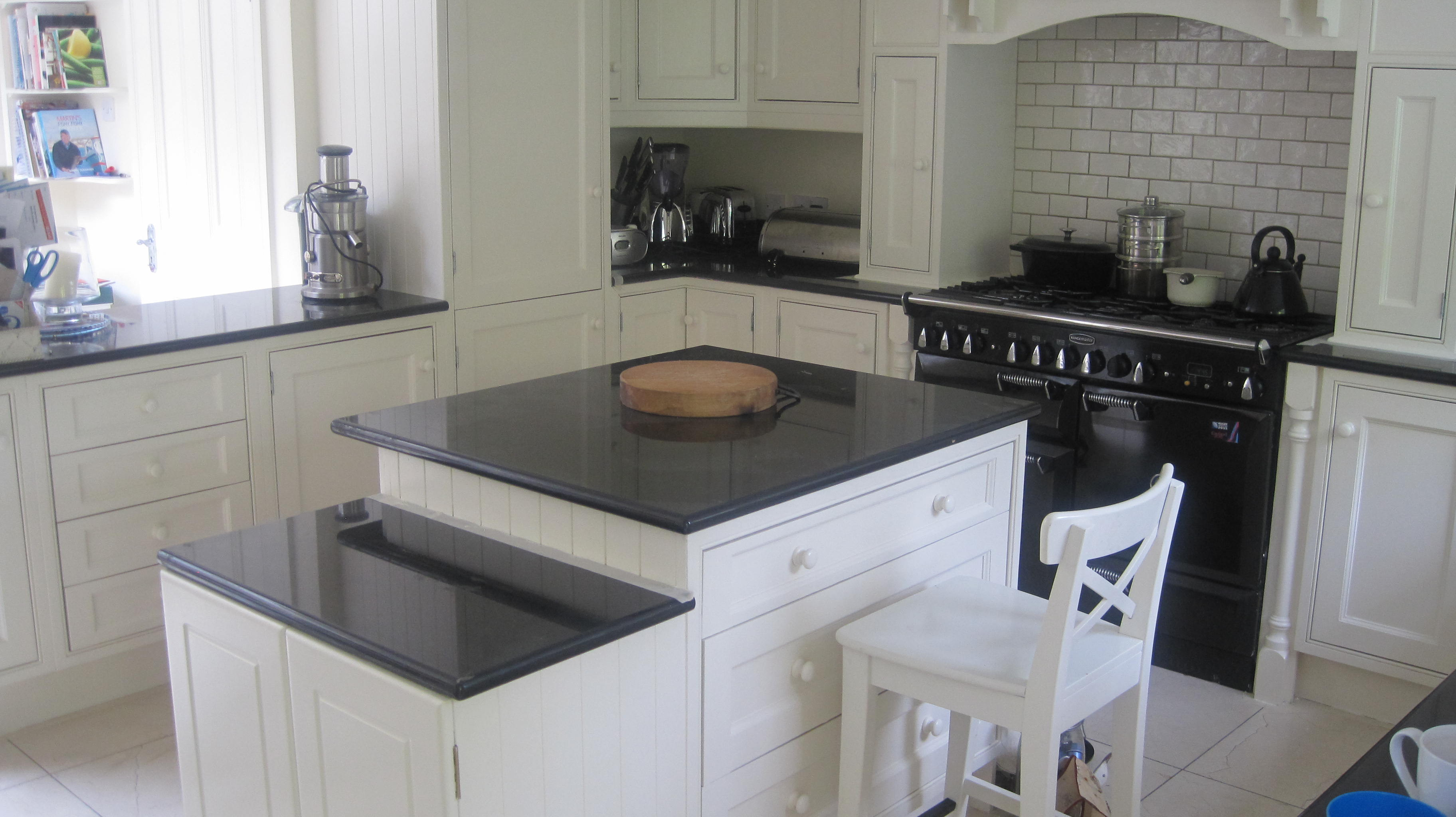 Kitchen Painting Service