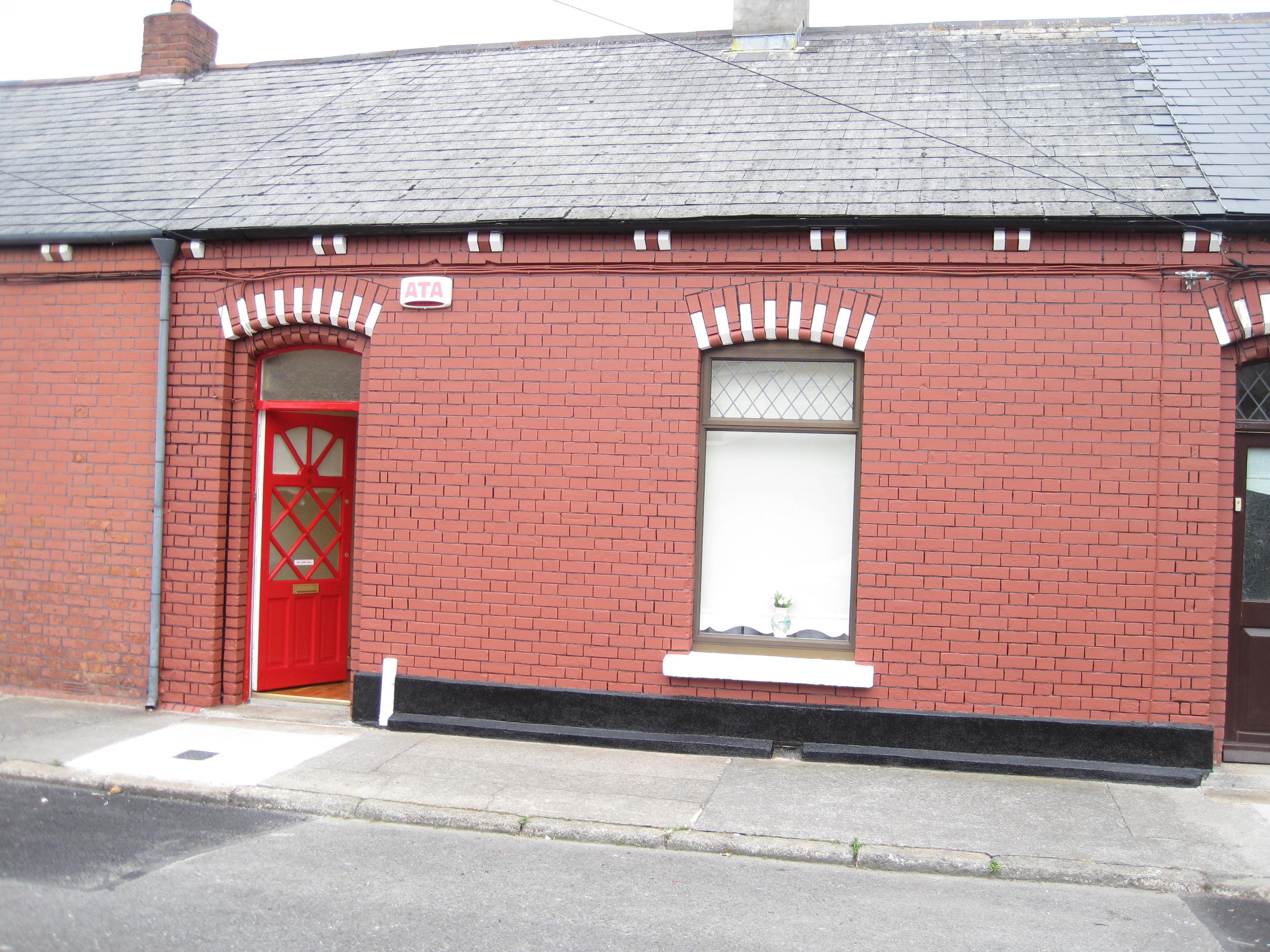 Exterior Paint Service