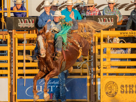 Jesse Pope Places In First Round of His First NFR