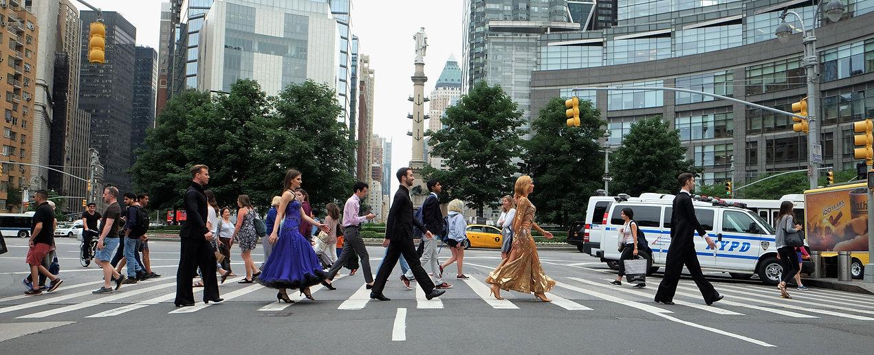 Walking-dancers.jpg