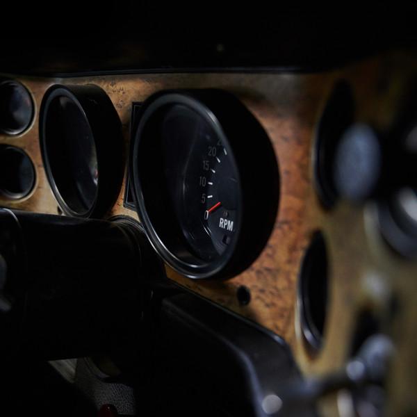 CHEVROLET CAMARO Z28 - Louez une belle américaine chez Cougarstars