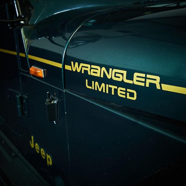 JEEP WRANGLER - en location chez Cougarstars