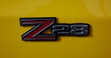CAMARO Z28 JAUNE -detail logo Z28.jpg