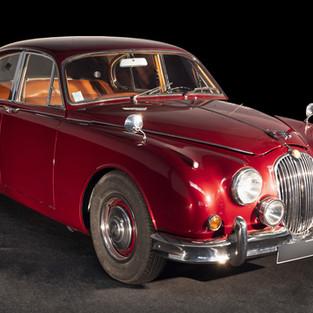 JAGUAR MK2  Une berline de luxe en location chez Cougarstars