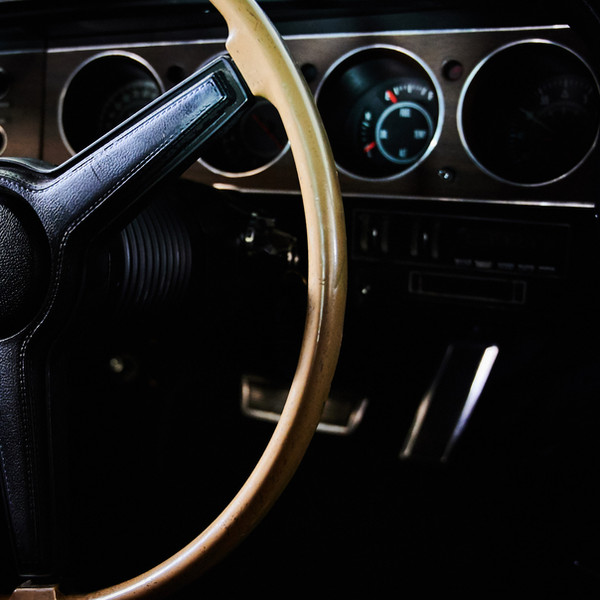 DODGE CHALLENGER RT 440 MAGNUM - Un Muscle Car en location chez Cougarstars