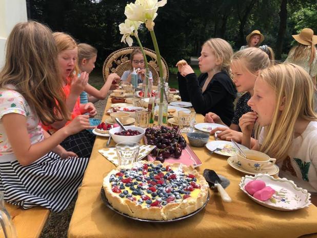 Kinderfeestjes high tea de Schildersalon Zeist.jpg