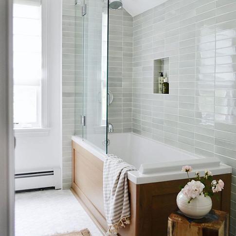 bathroom-grey-tile-5baebe3046e0fb00267ae05e.jpg