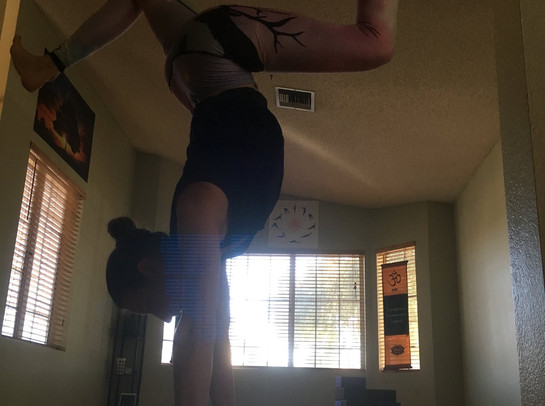 Studio Handstand