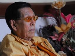 Gamot sa COVID, wala raw side effects… Enrile at buong pamilya, uminom ng Ivermectin