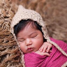 Newborn Photographer in Madrid & Milan