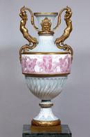 Jarrón de porcelana de Sevres, siglo XIX