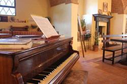 10. Common Room, Piano