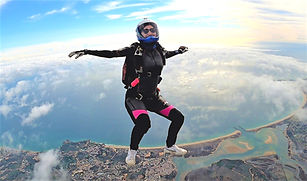 Skydiver Learning Sit-flying in Algarve - Learn Freefly in Algarve – The Skydiving Therapist – Freefly Coach in Portugal – Get FF1 FF2 stickers. Skydive Head-up